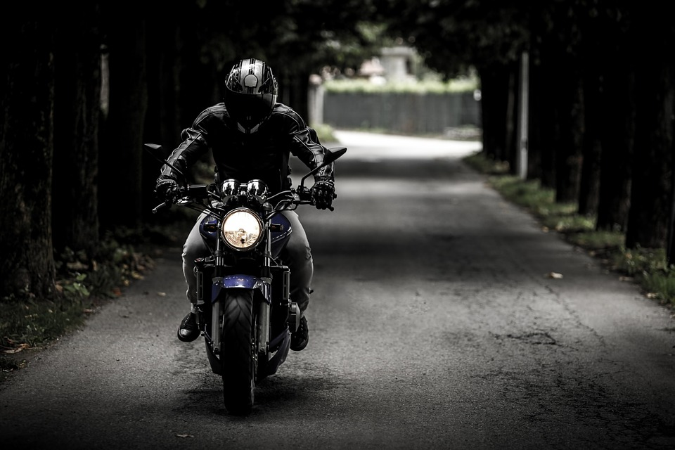 Arlington, TX – Motorcyclist Killed in Rollover Crash on N
